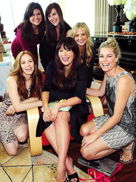 LINDSAY & FRIENDS  photo | Jaime Ray Newman, Lindsay Price, Rebecca Romijn, Sarah Michelle Gellar, Tiffani Thiessen
