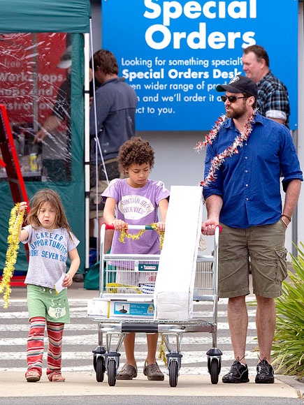 SHOPPER'S DELIGHT  photo | Hugh Jackman