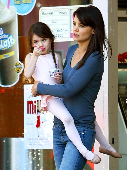 ICE, ICE, BABY photo | Katie Holmes, Suri Cruise
