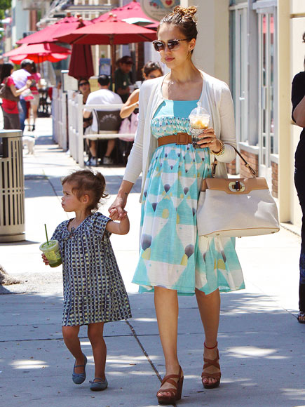 URTH MOTHER  photo | Jessica Alba