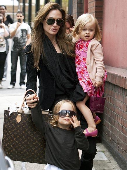 ANGELINA JOLIE  photo | Angelina Jolie