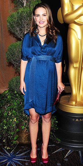 BLUE BELLE photo | Natalie Portman