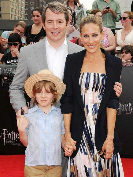 POTTER'S CREW  photo | James Broderick, Matthew Broderick, Sarah Jessica Parker