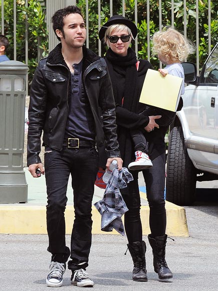 HUE KNEW?  photo | Ashlee Simpson, Pete Wentz