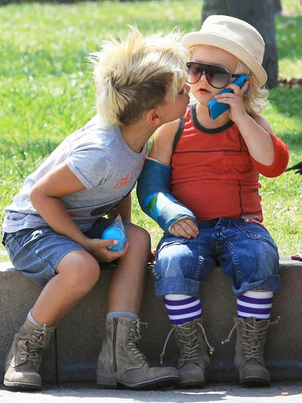 TENDER KISSES  photo | Kingston Rossdale, Zuma Rossdale