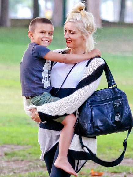 GOING GREEN  photo | Gwen Stefani, Kingston Rossdale