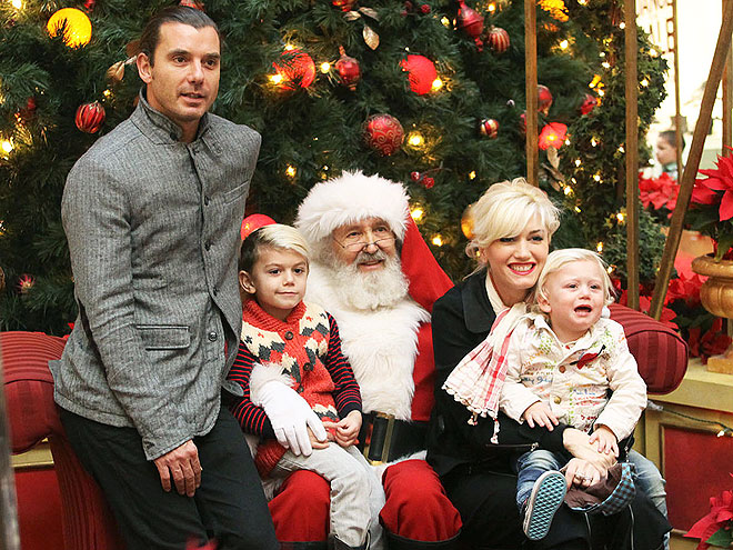 SANTA BABIES   photo | Gavin Rossdale, Gwen Stefani, Kingston Rossdale, Zuma Rossdale