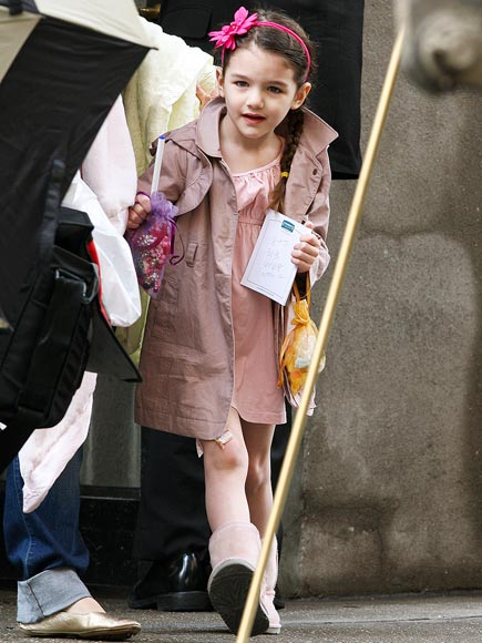 ON A PINK MISSION photo | Suri Cruise