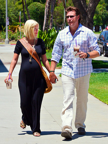BUMP-Y ROAD  photo | Tori Spelling