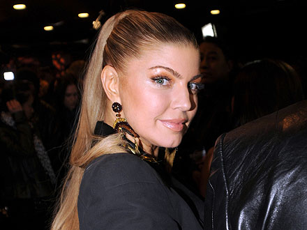 Fergie Rocks the Mic at an L.A. Nightclub | Fergie