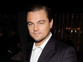Leonardo DiCaprio Grabs Dinner To-Go in L.A. | Leonardo DiCaprio