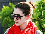 Anne Hathaway Goes Shopping for Crystals in L.A. | Anne Hathaway