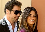 Couples Watch: Penélope & Javier Dance on Stage with Prince | Javier Bardem, Penelope Cruz