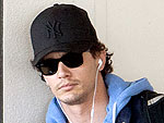James Franco's Close Encounter at an N.Y.C. Art Gallery | James Franco