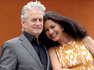 Inside Catherine Zeta-Jones & Michael Douglas&#39;s Festive Family Dinner