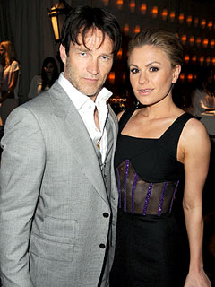 True Blood Stars Celebrate New Season...with Fried Chicken? | Anna Paquin, Stephen Moyer