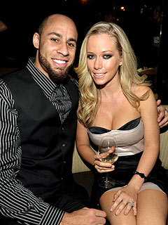 Kendra Wilkinson and Hank Baskett Browse Bikinis | Hank Baskett, Kendra Wilkinson