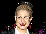 Kelly Osbourne Jumps On Stage at Beacher's Madhouse | Kelly Osbourne