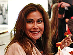 Teri Hatcher Eats a Spicy Sausage in Germany | Teri Hatcher