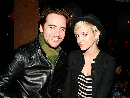 Ashlee Simpson's PDA-Packed Night on the Town | Ashlee Simpson