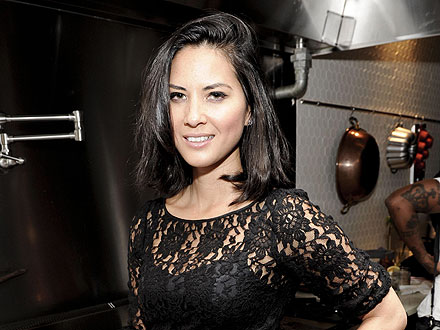 Olivia Munn Brags About Her Cooking Skills in N.Y.C.