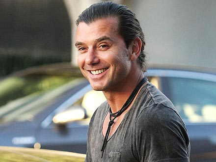 Gavin Rossdale Eats His Steak with a Diamond-Encrusted Knife