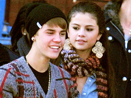 Justin & Selena Break for Dinner During Hectic D.C. Visit
