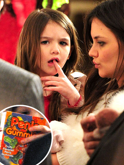 photo | Katie Holmes, Suri Cruise