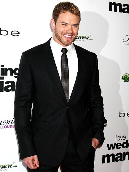 photo | Kellan Lutz