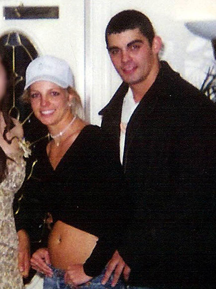 MARITAL MISTAKE  photo | Britney Spears