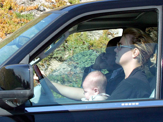 BABY ON BOARD  photo   Britney Spears