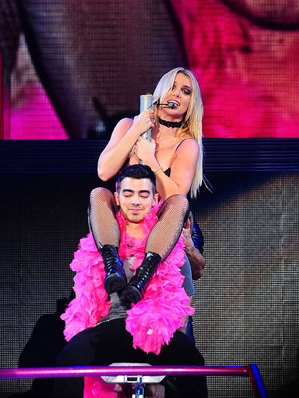 BACK ON TOP  photo | Britney Spears, Joe Jonas