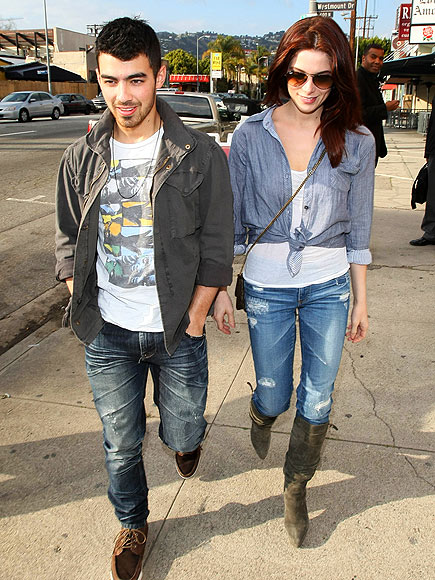 BODY TALK  photo | Ashley Greene, Joe Jonas