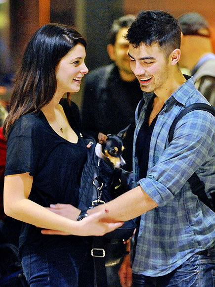 PUPPY LOVE
