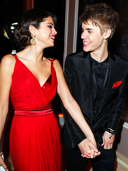 A RED-HOT DEBUT   photo | Justin Bieber, Selena Gomez