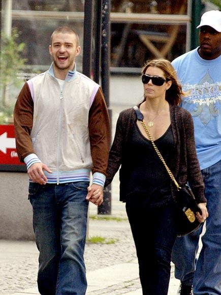 WALK THIS WAY  photo | Jessica Biel, Justin Timberlake