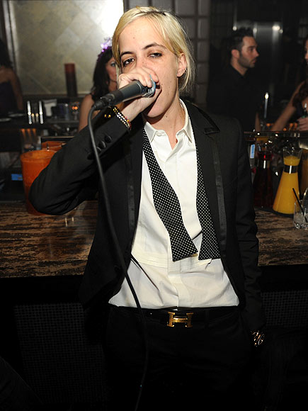 WORKING IT photo | Samantha Ronson
