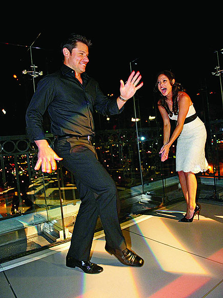 DANCE-OFF