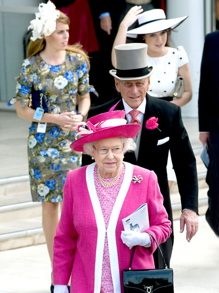 ALL HAIL THE QUEEN