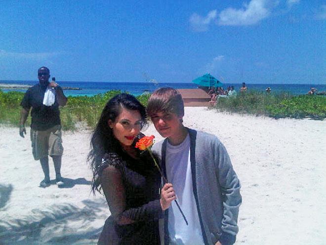 KIM KARDASHIAN  photo | Justin Bieber, Kim Kardashian