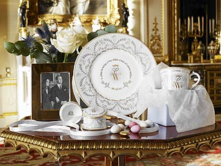 Prince William and Kate Middleton&#39;s Bone China Collectible