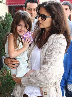 Tom Cruise Divorce -- Katie Holmes Wants Custody of Suri