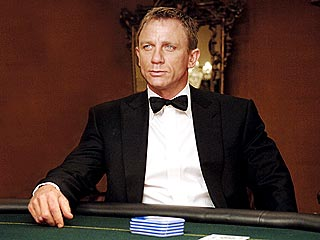 James Bond Is Back: Daniel Craig Signs On