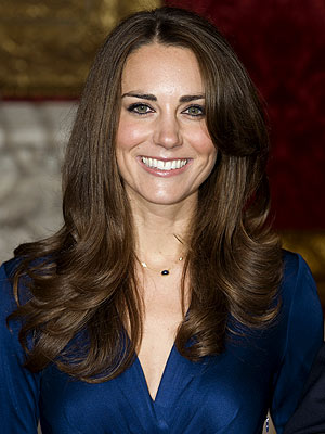 Kate Middleton Picks a Dress Designer! 