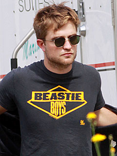 Robert Pattinson Causes a Stir at a Louisiana Deli | Robert Pattinson