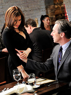 FIRST LOOK: America Ferrera Returns to TV on The Good Wife | Alan Cumming