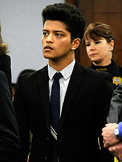 Bruno Mars Makes Plea Deal for Cocaine Arrest