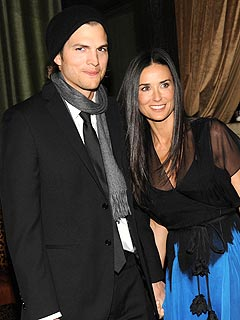 Demi Moore & Ashton Kutcher Clash ... Over Football