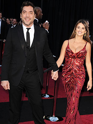 Penélope & Javier Hit First Red Carpet Since Baby | Javier Bardem, Penelope Cruz