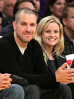Reese Witherspoon Marries Jim Toth   Reese Witherspoon